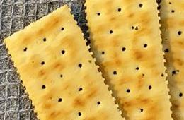 梳打餅好健康? 高脂高鈉多食一樣肥
