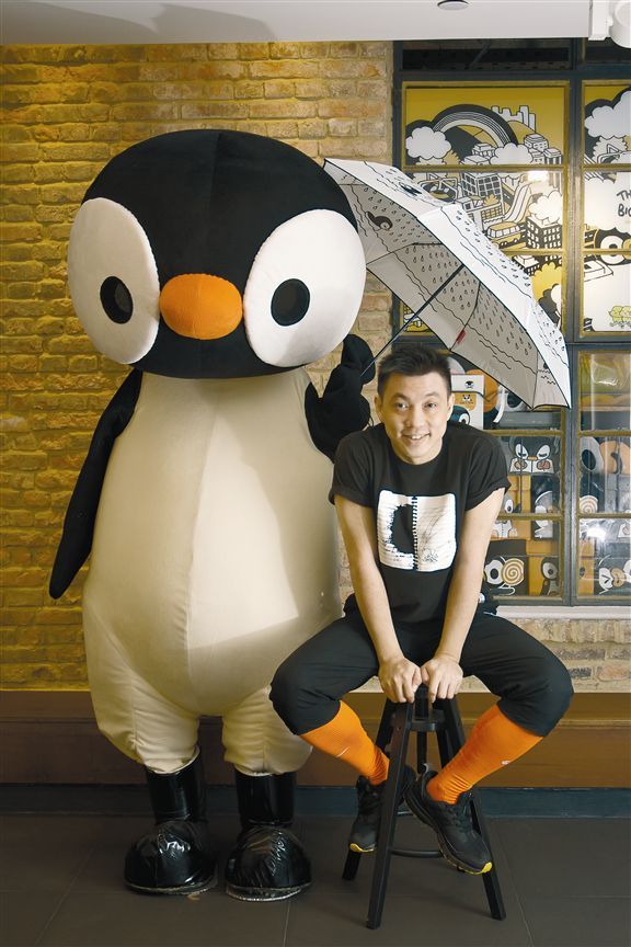 江記筆下的丁丁企鵝, 得意趣致。