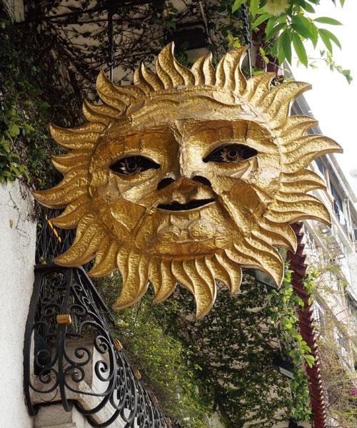 金太陽的招牌笑臉
