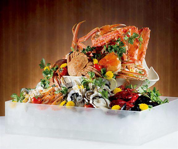 灣景廳母親節自助晚餐,成人每位$558起。