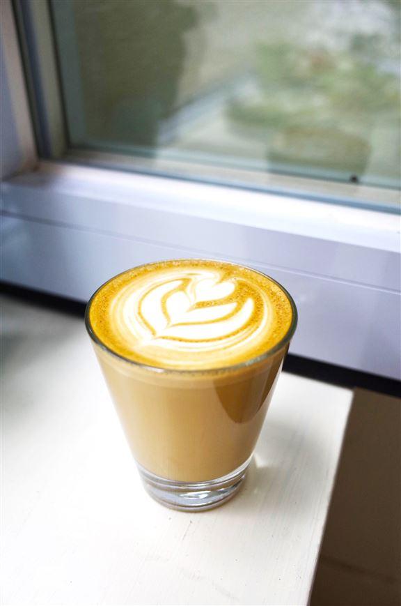 咖啡店由日籍咖啡師主理。