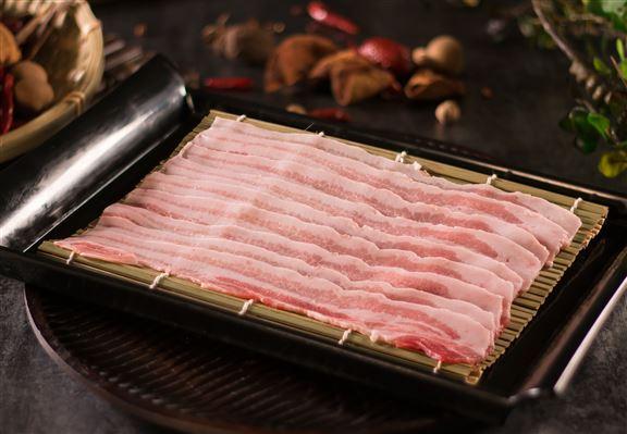 黑豚肉五花肉肉質鮮嫩。