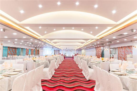 漢寶飲食集團旗下有多間不同風格的酒樓食肆,迎合不同晚宴酒席的需求