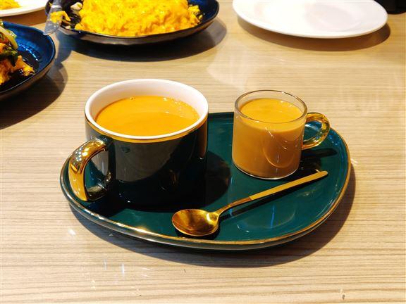 「金茶王set」由葉師傅親自沖調,雖然兩杯茶索價$88,但貨真價實,茶迷要試啊!