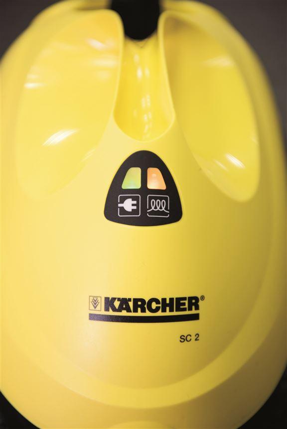 機頭有燈號標示,加水後橙色亮起,待燈熄滅便可使用。每次水箱注滿水,約可連續使用20至30分鐘,視乎蒸氣力度大小而定。