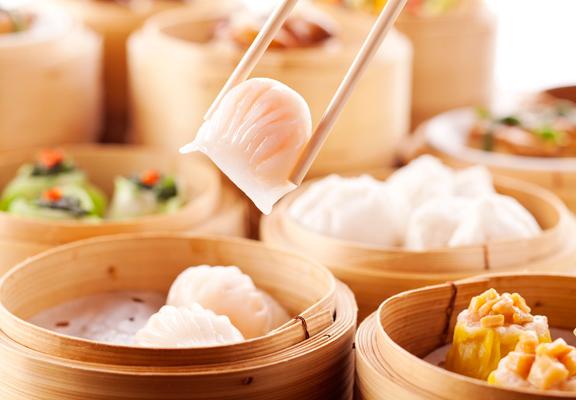 「點點心思」點心午餐放題提供超過25款即蒸點心、蒸飯、粥品及麵類,任點任食。
