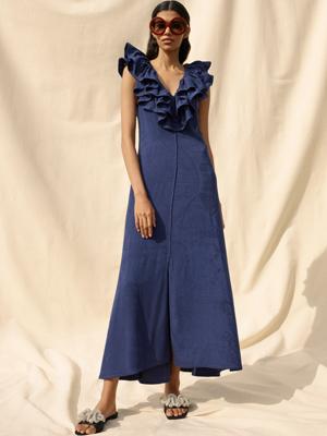 荷葉邊提花連身裙採用的天然物料CIRCULOSE,是用回收紡織品重製而成。