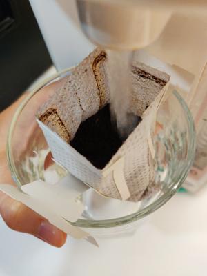 建議使用溫度為90至93度的熱水沖泡。