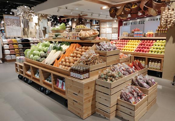 新增的「食材市集」搜羅本地、日本及世界各地食材及引入農場直送蔬果。