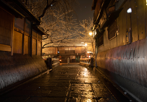 祇園巽橋(冬天)
