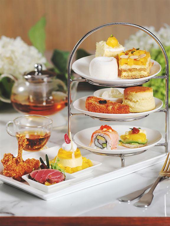 皇牌芒果三層架下午茶