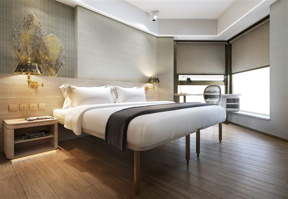 酒店位置臨海,部分房間享優美海景。
