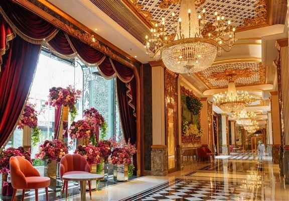 歷山酒店去年底才開幕。