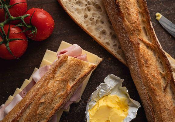 Bread Pantry使用優質食材,製作過程不添加不必要成分,讓人品嚐到基本原材料真味。