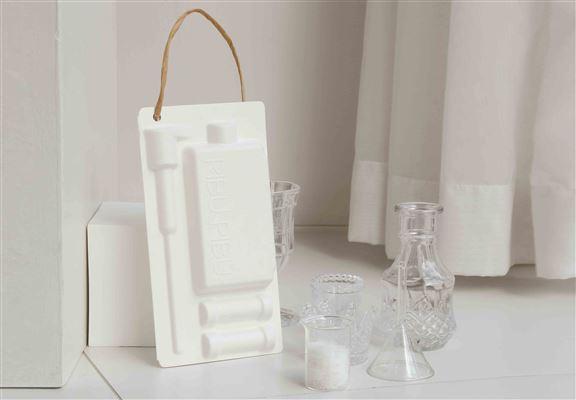 只要發揮創意,環保包裝盒便可變成居家裝飾品。
