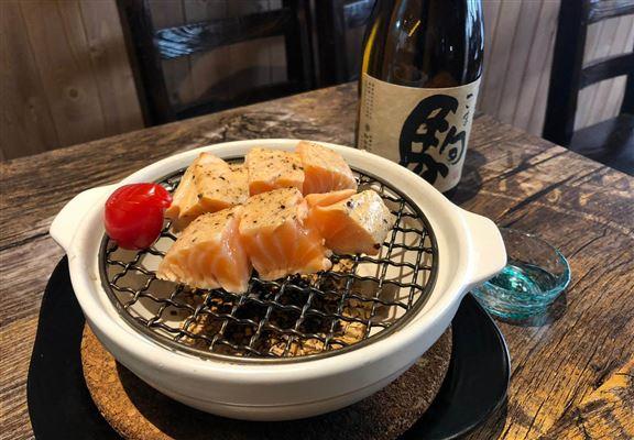 煙燻厚切三文魚(6粒) $78
