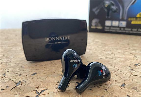 BONNAIRE MX-930真無線藍牙耳機採用輕觸式設計,而且靈敏度經專業調試,恰度好處。