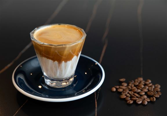 Dirty採用House Blend咖啡豆,可以品嚐出BLUEBIRD COFFEE咖啡師嘅品味哲學。