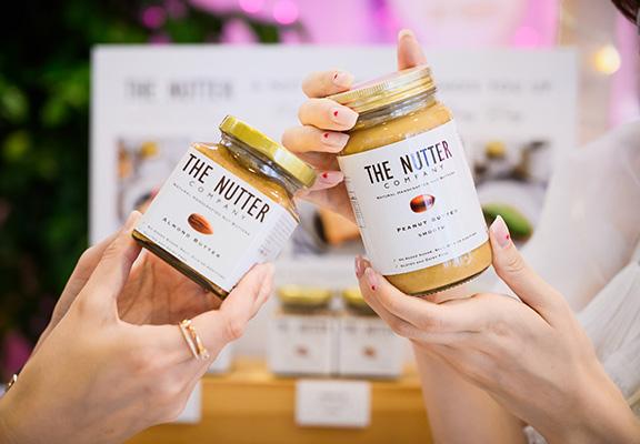 The Nutter Company出品嘅純素幼滑花生醬迷你套裝,內有3款口味,包括花生醬、腰果醬、開心果醬。