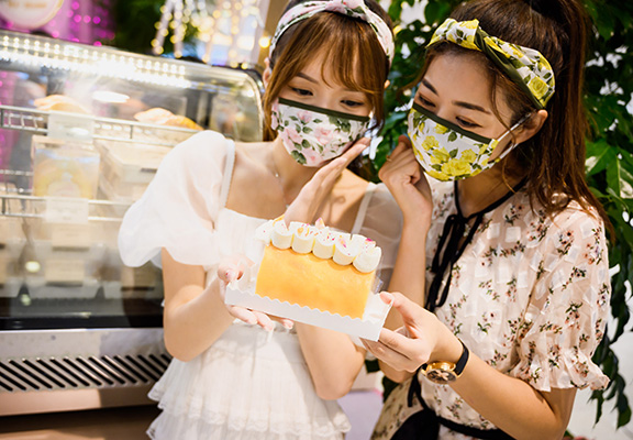 ALT+把茶和甜點完美結合,必試鐵觀音巴斯克芝士蛋糕。