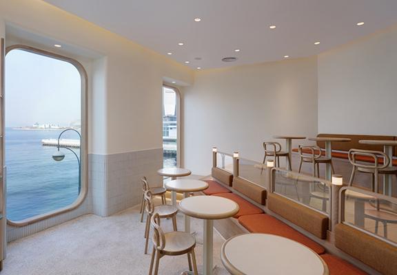 Cupping Room尖沙咀海港城分店擁有一流維港美景,坐喺度攤雪糕甜味,度過快樂時光。