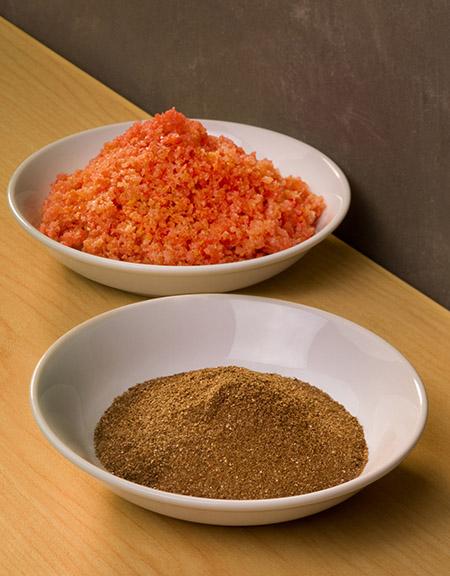 蝦湯用上蝦酥及蝦粉等食材秘製,鮮味十足。