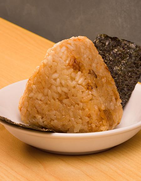 蝦味飯糰帶來另一種品嚐蝦鮮嘅方法。$20