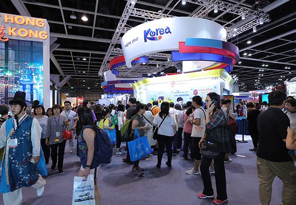 今屆旅展入場有新安排,在展期第二天下午,公眾已可買票入場。