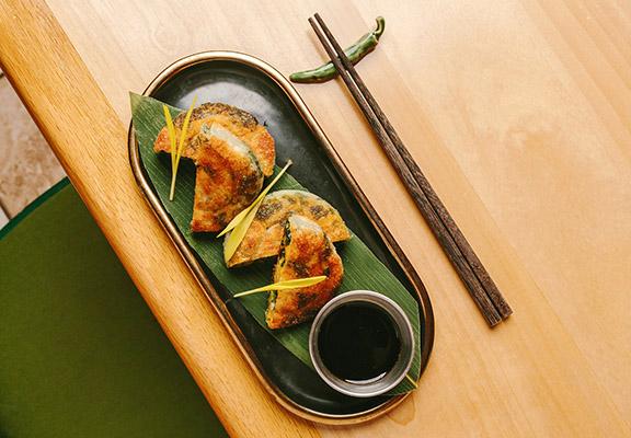 「自家製葱油餅」外酥内軟。
