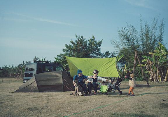 Todayz Photography 嘅David 與好拍檔「爬坡」將於8月28日下午3時到場分享與毛孩露營與登山嘅心得。