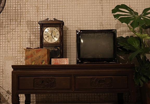 舊日家庭寶物─大牛龜電視。
