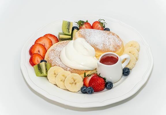 野莓班戟味道酸甜交雜,食味層次豐富。